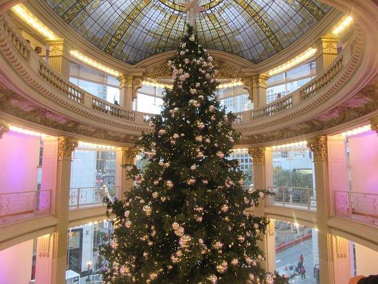 Neimanmarcus Christmas.2016 Nieman Marcus Christmas Tree San Francisco Ca