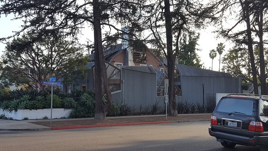 Gehry House : 20161205_150026_large.jpg