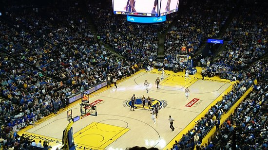 Oakland, CA: Golden State Warriors v Indiana Pacers - 5th Dec 2016
