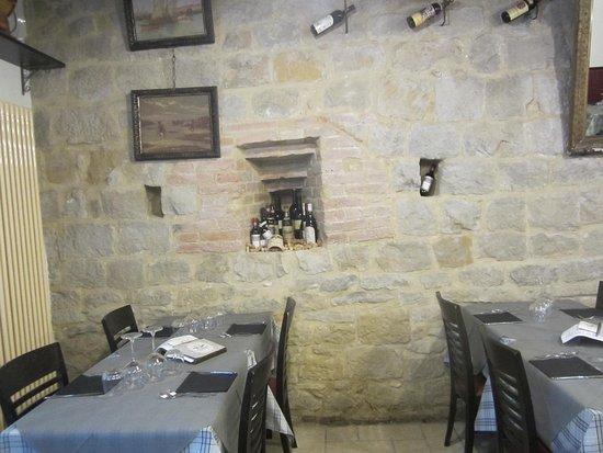 Buonconvento, Italien: Teil der Inneneinrichtung im Ristorante Le Antiche Mura
