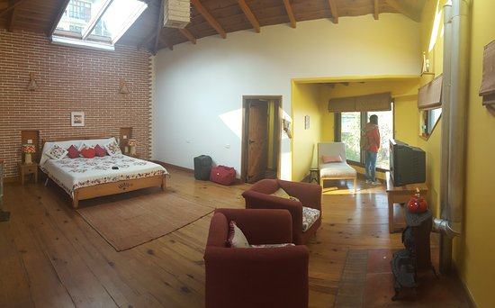 Soulitude in the Himalayas: Room Name - BLISS
