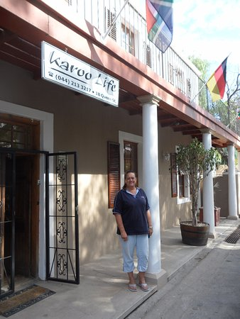 Calitzdorp, Sydafrika: Bronwyn bidding us farewell!