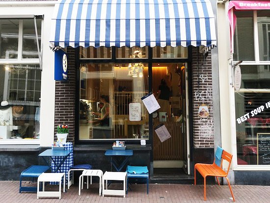 Pancakes Amsterdam : Our location situated in the Nine Streets. Berenstraat 38