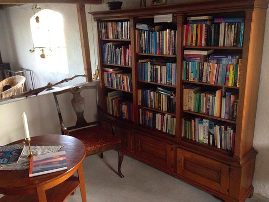 Simrishamn, Swedia: Ett litet bibliotek.