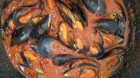 Aguilar de Campoo, Spania: Mejillones en salsa