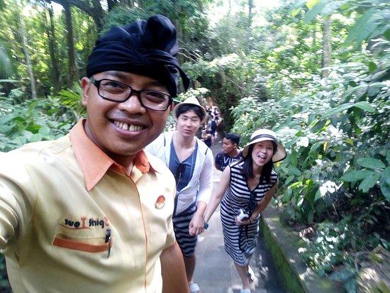 Agas Bali Tour