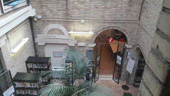 Biblioteca Civica Romolo Spezioli