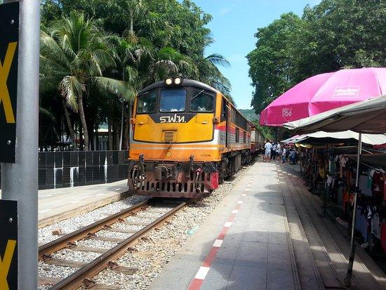 Provincia de Kanchanaburi, Tailandia: 20161010_110348_large.jpg