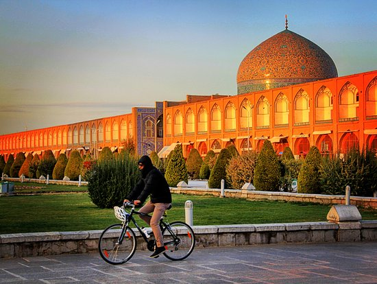 Isfahan Bike Rental & Tours