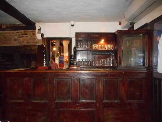 Reigate, UK: Back Bar