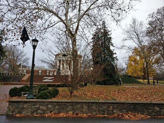 Charlottesville, VA: University of Virginia