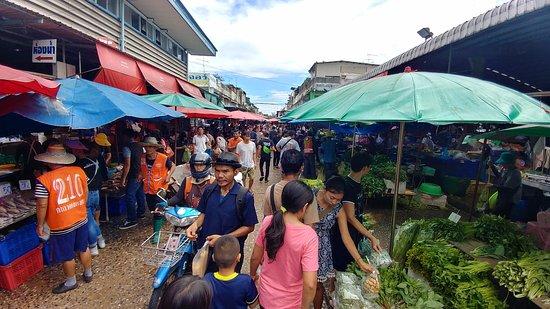 Pasar Khlong Toey