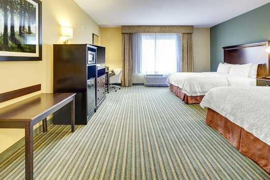 Hampton Inn and Suites Tamarac - Accessible 2 Queen guest room