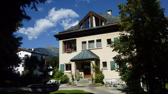Hotel Cresta: Villa Selva mit Hotelzimmern (verbunden mit Haupthaus/Wellness)