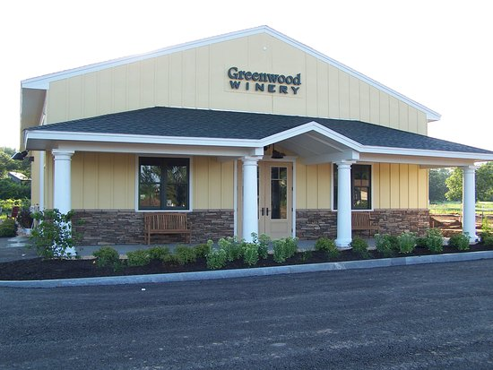 East Syracuse, NY: Stop by our Tasting Room for a delicious wine tasting & to learn more about over 21 of our varie