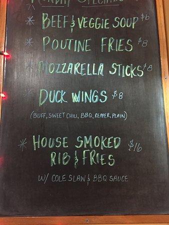 Keene, NH: Twenty One Bar & Grill