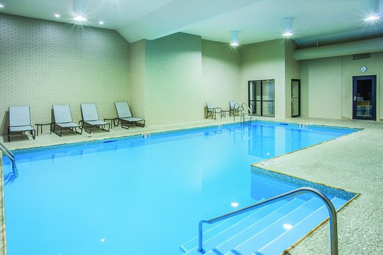 Effingham, IL: Indoor Heated Pool