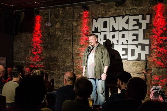 ‪Monkey Barrel Comedy‬