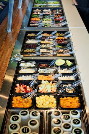 Barrie, Canada: Toppings prepared fresh daily.