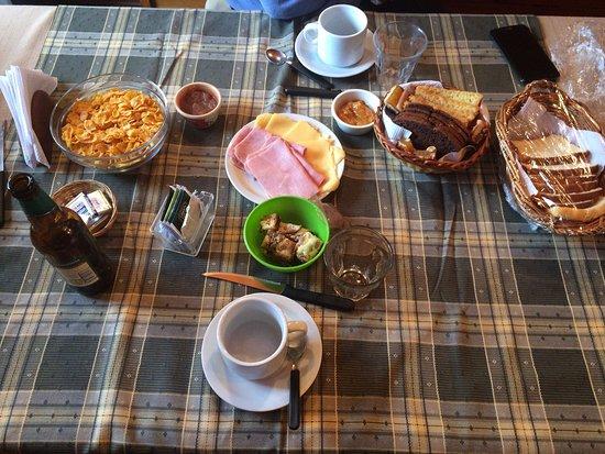 Solares Del Sur: Desayuno