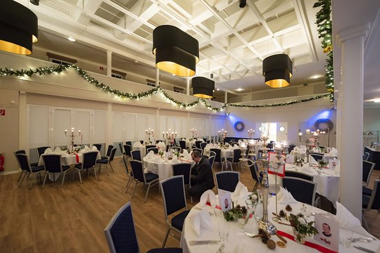 Wedel, Tyskland: Tables set for the big party