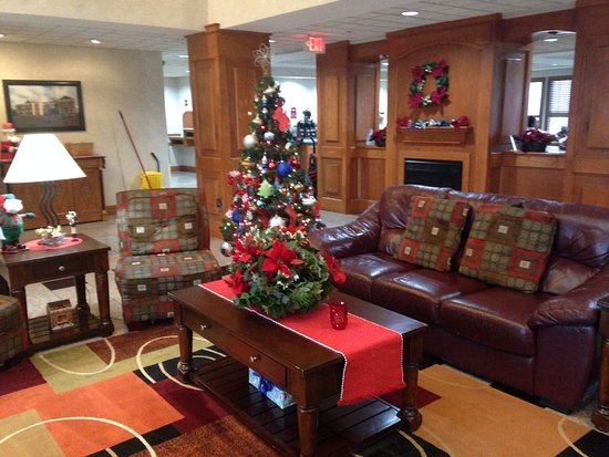 Decatur, IL: Lobby decorations