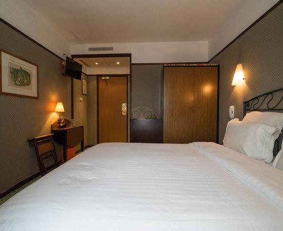 Hotel Les Jardins Du Luxembourg  Paris  France