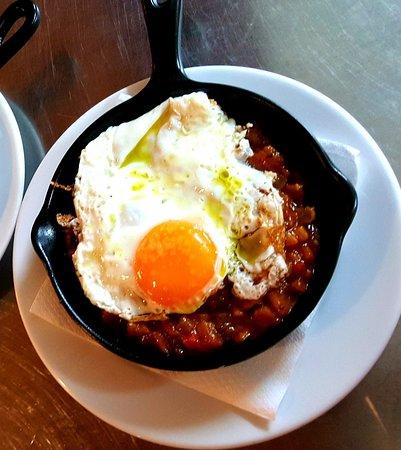 Almodovar del Pinar, Espanha: Pisto casero con huevo