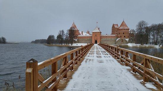 Trakai, Lituania: Замок зимой