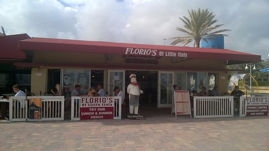 Hollywood Beach: Lunch at Florio's!