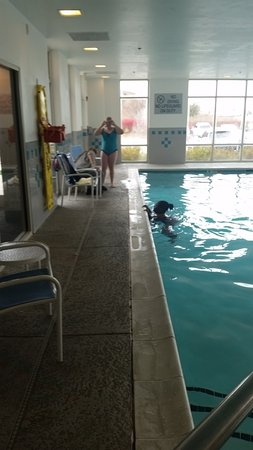 Ashburn, VA: Pool area was clean and well maintained.