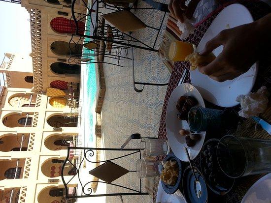 حاسي الأبيض, المغرب: 20140913_104649_large.jpg