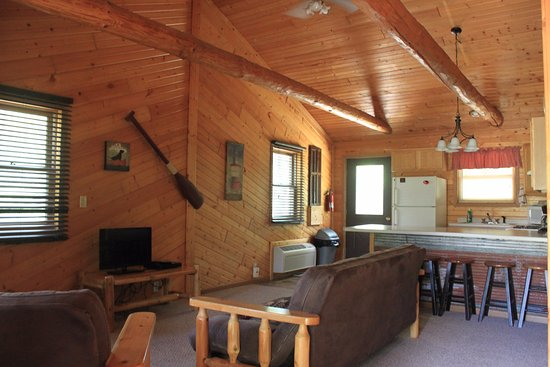 New Lisbon, WI: Cabin living room and kitchen