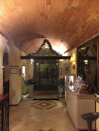 Bologna Hotel Pisa: Bonjour À tout le monde  Hotel parking gratuit  Chambre magnifique