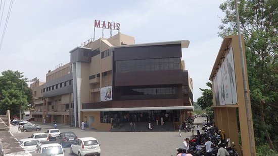 LA Cinema Maris