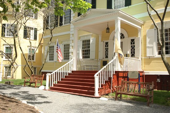 Foyer Museum Hours : Liberty hall museum union nj updated top tips