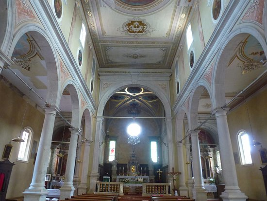 Motovun, Kroatien: inside st jepan church
