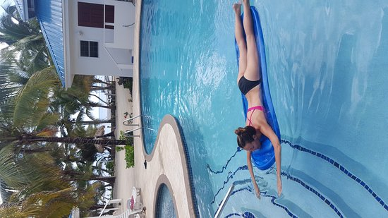 Cocotal Inn & Cabanas: 20161124_103000_large.jpg