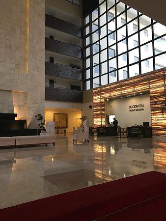Occidental Nuevo Vallarta: Lobby & Check-in