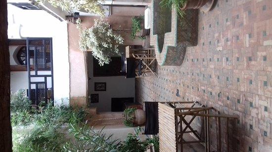 Riad Dar Nimbus: 20161202_124722_large.jpg