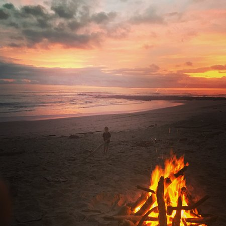 Blue Surf Sanctuary: our fire at sunset - such fun and after the fireflies came out!