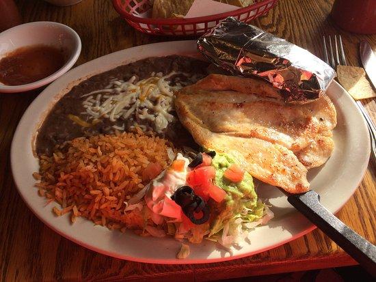 Miguel's Restaurant: Grilled chicken