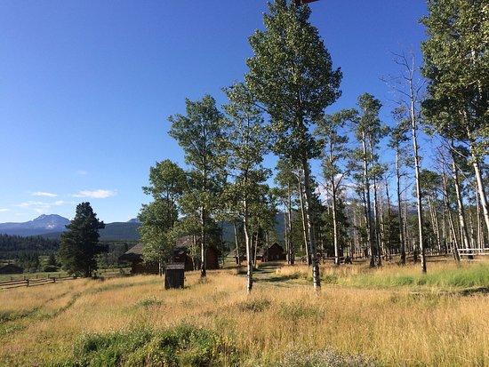 Elkin Creek Guest Ranch: Cabins