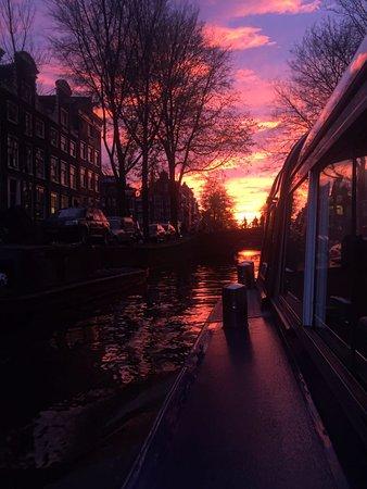Bridge of 15 Bridges: Amsterdam'da bir akşamüstü