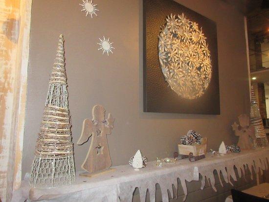 décoration - Picture of Comme A La Maison, Mantes-la-Jolie - TripAdvisor