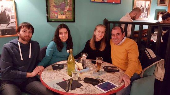 Valbonne, Γαλλία: Cena muy agradable