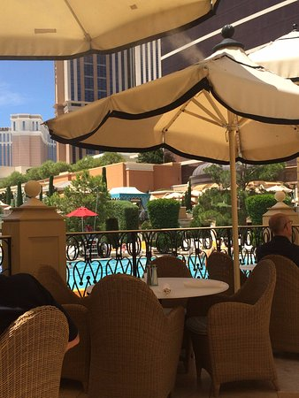 Terrace Pointe Cafe: Lovely view on the terrace