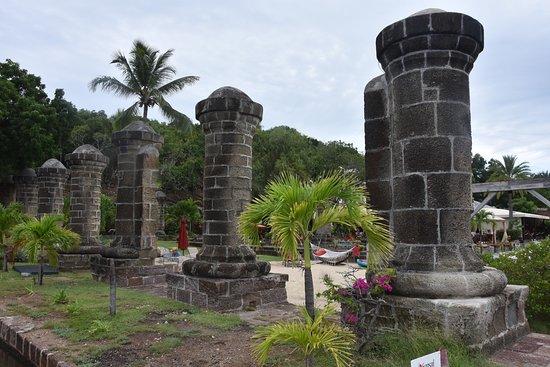 Englis Harbour, Antigua: Building