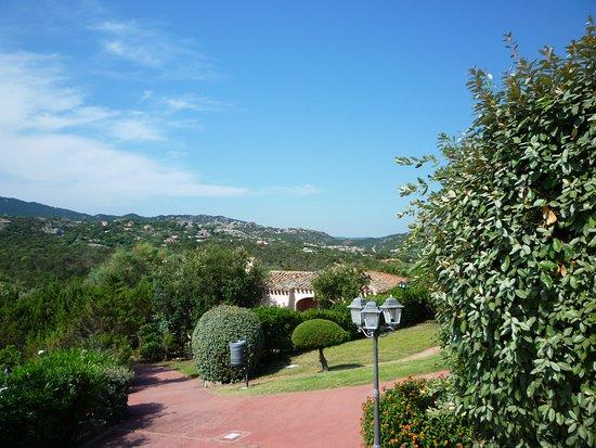 Colonna Country and Sporting Club: in der Landschaft schön gelegene Hotelanlage
