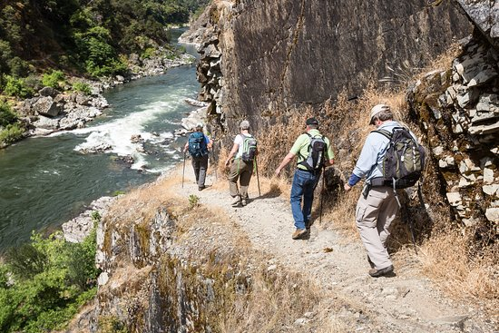 Merlin, Όρεγκον: Hike the Rogue River trail in Southern Oregon